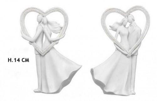 Coppia sposi con cuore in resina. Ass 2. H 14